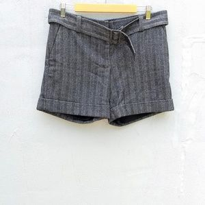 The limited wool drew fit shorts